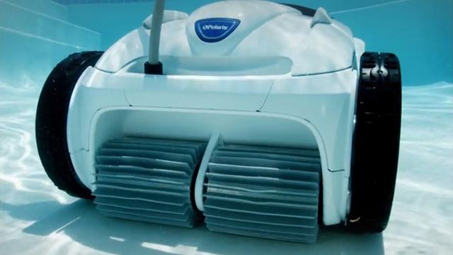 Polaris P965iq Robotic Pool Cleaner 1 Swimming Pool