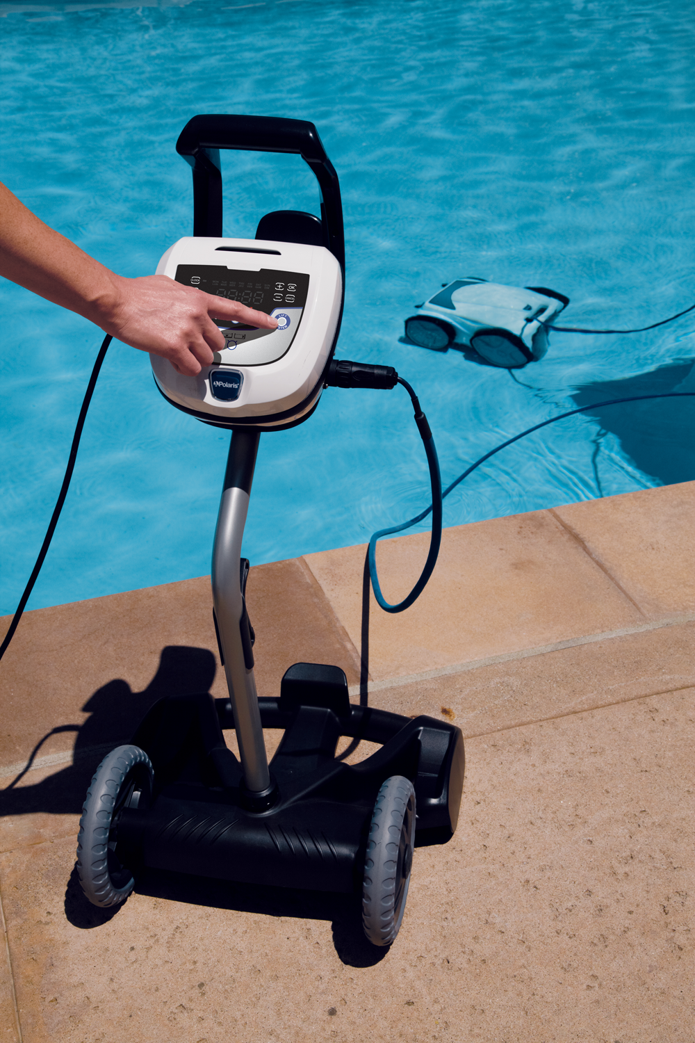 Polaris P945 Robotic Pool Cleaner 1 Swimming Pool